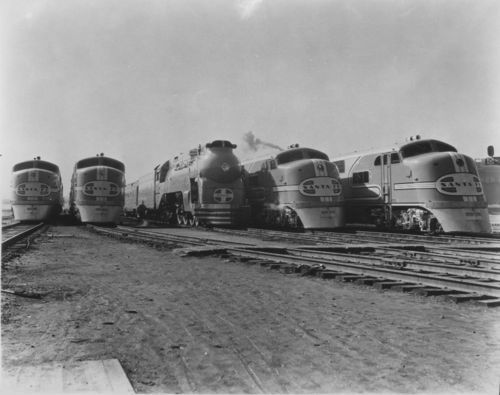 Atchison, Topeka & Santa Fe Railway Company's streamlined locomotives, Chicago, Illinois - Page