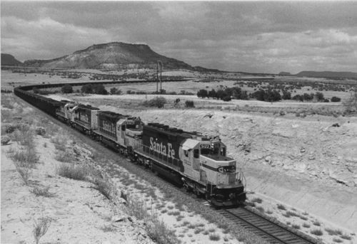 Diesel-powered locomotives near Grants, New Mexico, 1985 - Page