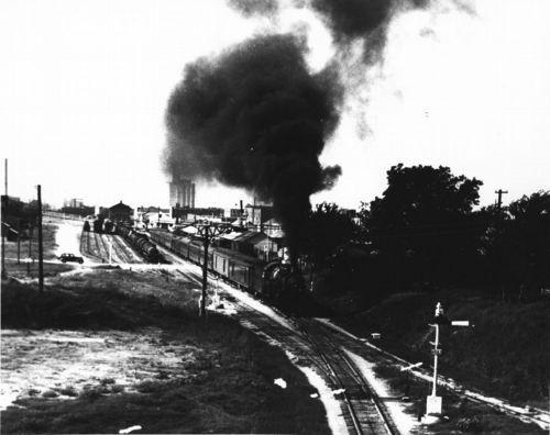 Atchison, Topeka & Santa Fe Railway Company's Ranger train, Ardmore, Oklahoma - Page