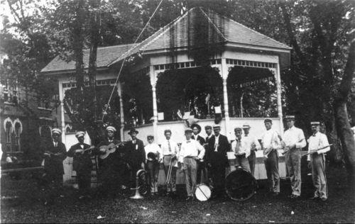 Oskaloosa Band, Oskaloosa, Kansas - Page