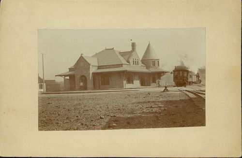 Atchison, Topeka and Santa Fe Railway Company depot, Leavenworth, Kansas - Page
