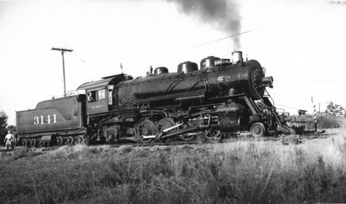Steam-powered locomotive engine, Fallbrook, California - Page
