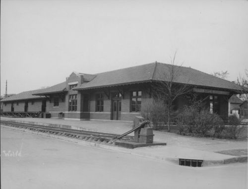 Missouri Pacific Railroad depot, Topeka, Kansas - Page