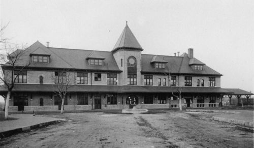 Missouri -Kansas-Texas Railroad depot, Parsons, Kansas - Page