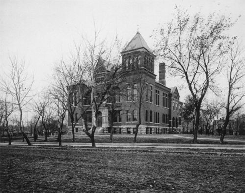 Bourbon County Courthouse, between 1892 and 1900