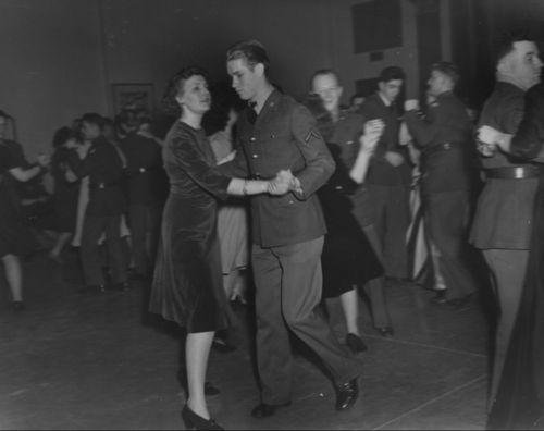 Soldiers dancing at a recreation center, Leavenworth, Kansas - Page