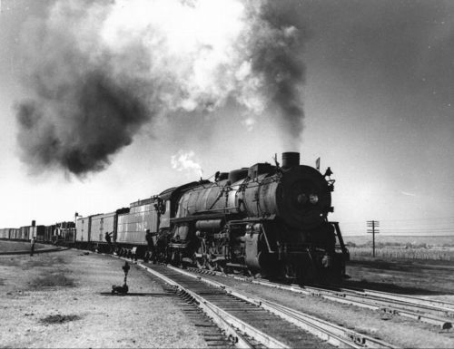 Steam-powered locomotive engine, Belen, New Mexico - Page