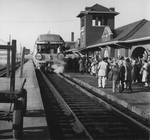 Atchison, Topeka and Santa Fe Railway Company Chief, Fort Madison, Iowa - Page