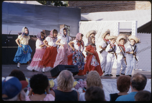 Mexican Fiesta dancers, Topeka, Kansas - Page