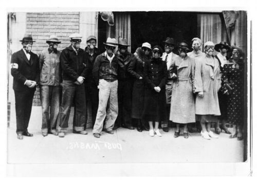 Citizens wearing dust masks in Liberal, Kansas - Page