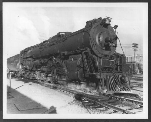 Atchison, Topeka & Santa Fe Railway Company's steam locomotive #3770. - Page