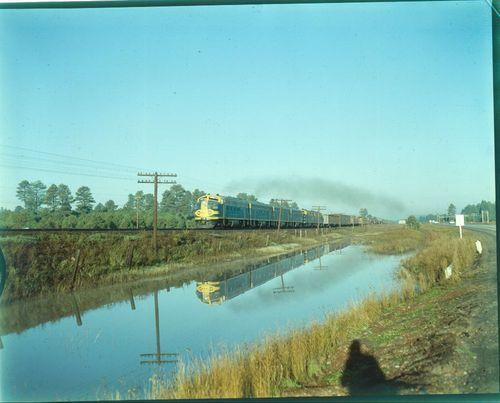 Atchison, Topeka & Santa Fe Railway freight train - Page