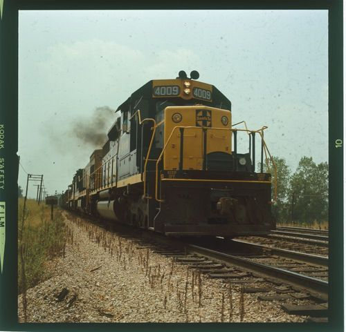 Atchison, Topeka & Santa Fe freight train - Page
