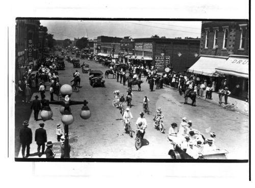 Parade, Neodesha, Kansas (#2) - Page
