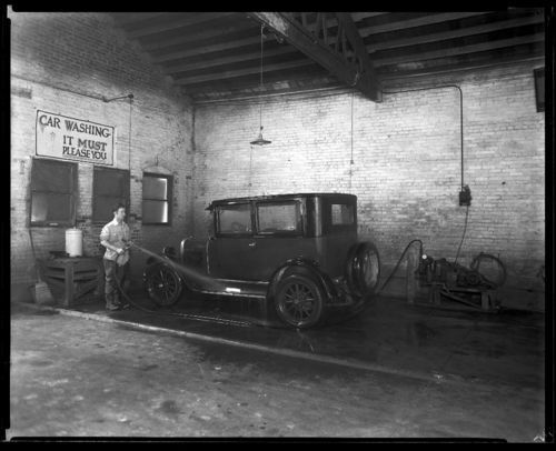 Car washing, Clay Center, Kansas - Page