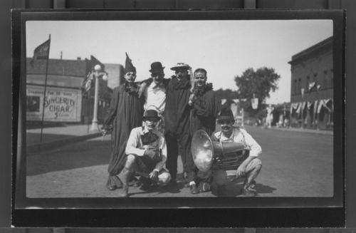 Clowns, Marysville, Kansas - Page