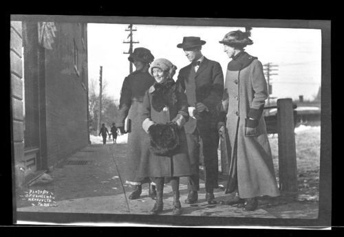 Four people, Marysville, Kansas - Page