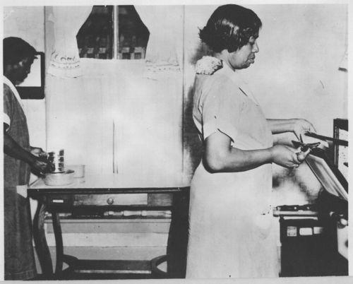 Housekeeping aides, Topeka, Kansas - Page