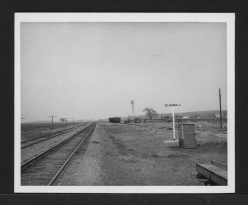 Zeandale sign, Zeandale, Kansas - Page