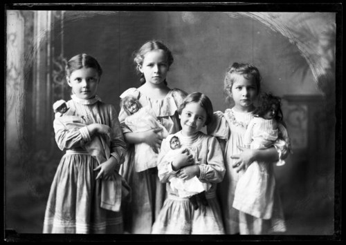 Four young girls - Page