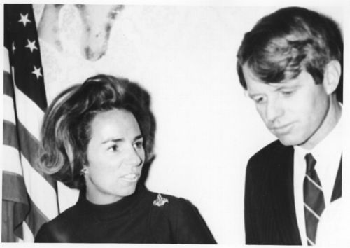 Robert Francis and Ethel Kennedy at a fund raiser in Topeka, Kansas - Page