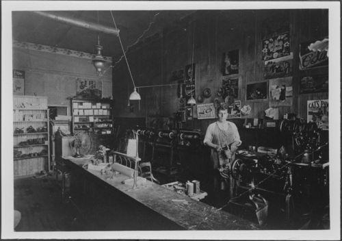 Stadler shoe shop, Topeka, Kansas - Page