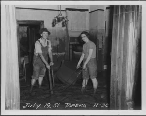 Flood clean up in Topeka, Kansas - Page