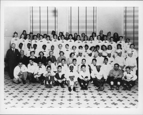 Atchison, Topeka & Santa Fe Railway Company's Fred Harvey House staff, El Paso, Texas - Page