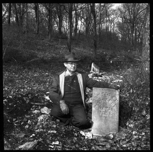Marais des Cygnes Massacre stone marker, Linn County, Kansas - Page