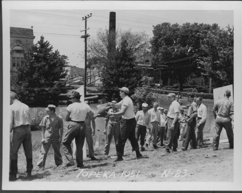 Flood sandbagging, Topeka, Kansas - Page