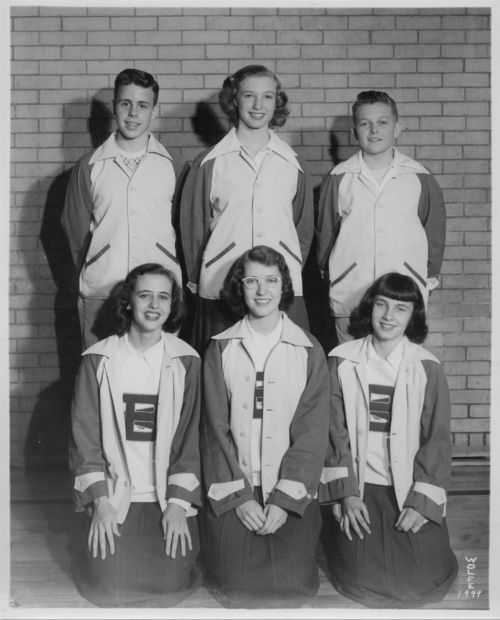 Boswell Junior High School cheerleaders, Topeka, Kansas - Page