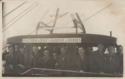 Soldiers on a gondola during World War II - Page