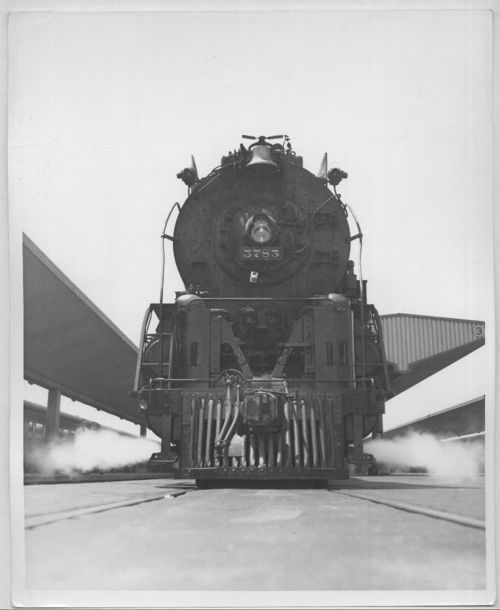 Atchison, Topeka & Santa Fe Railway locomotive #3783 at Los Angeles, California - Page