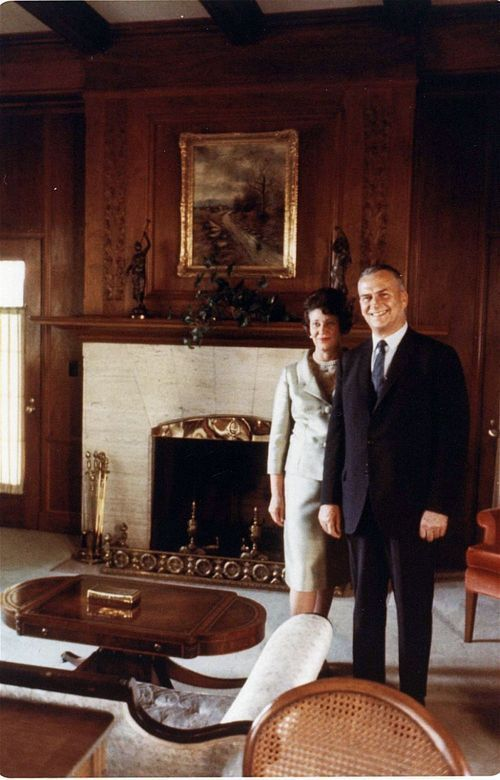 Governor and Mrs. William Henry Avery at Cedar Crest, Topeka, Kansas