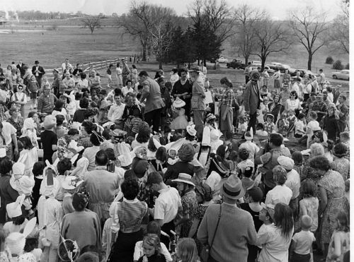 Easter egg hunt, Topeka, Kansas - Page