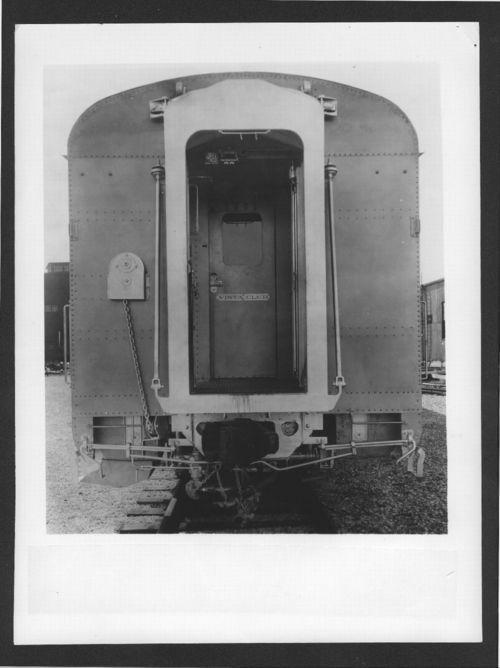 Atchison, Topeka & Santa Fe  Railway's Vista Club car - Page