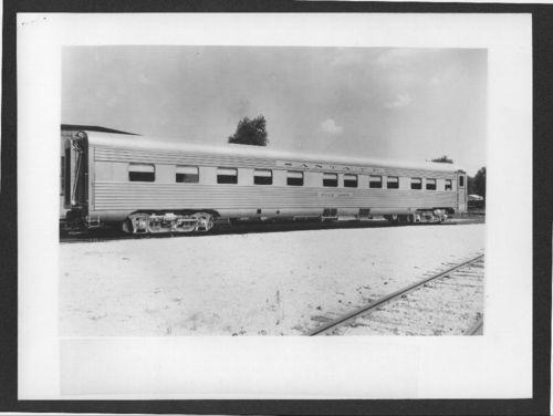 Atchison, Topeka & Santa Fe Railway's Palm Arch sleeping car - Page