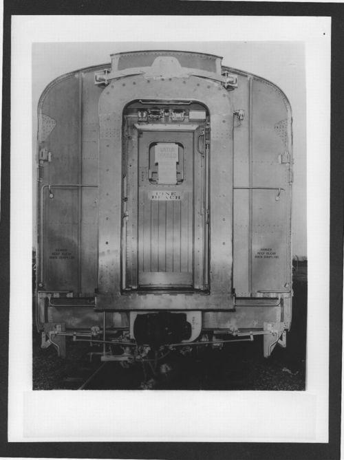 Atchison, Topeka & Santa Fe  Railway's Pine Beach pullman car - Page