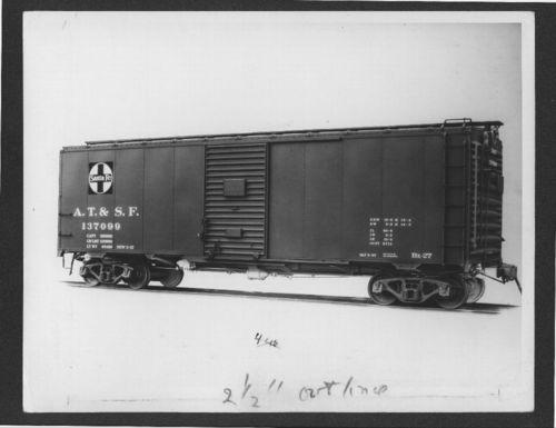 Atchison, Topeka & Santa Fe Railway Company's boxcar no. 137099 - Page
