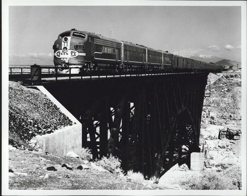 Atchison, Topeka & Santa Fe Railway Company's Super Chief, Canyon Diablo, Arizona - Page