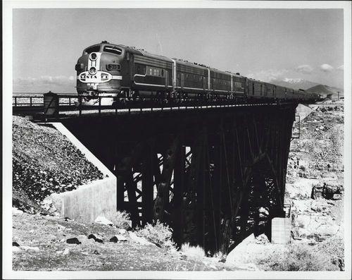 Atchison, Topeka & Santa Fe Railway Company's Super Chief, Canyon Diablo, Arizona - Page