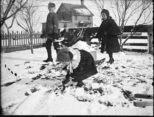 Wentworth children playing in the snow, Russell, Kansas - Page