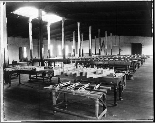 Longren aircraft factory, Topeka, Kansas - Page