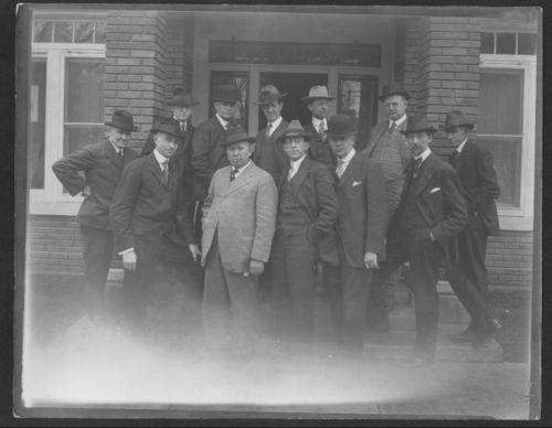Members fo the Kansas Photographers' Club - Page
