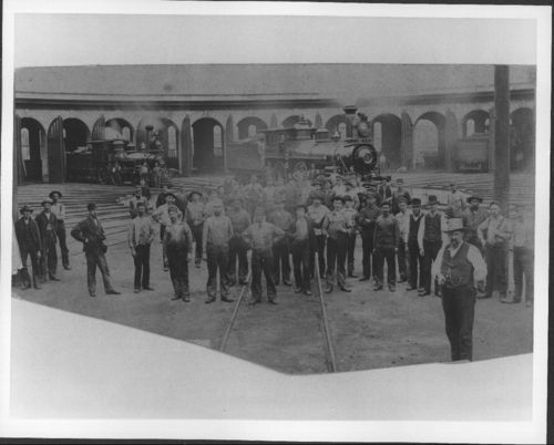 Atchison, Topeka & Santa Fe Railway Company roundhouse, Topeka, Kansas - Page