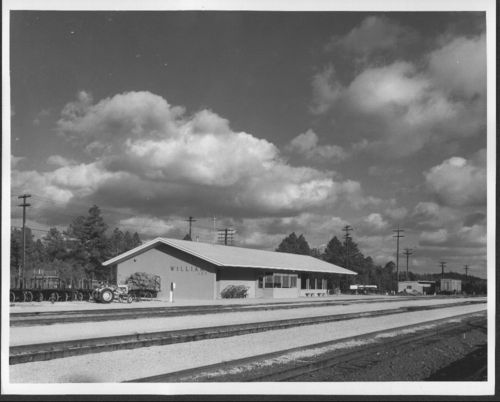 Atchison, Topeka & Santa Fe Railway Company depot, Williams Junction, Arizona - Page