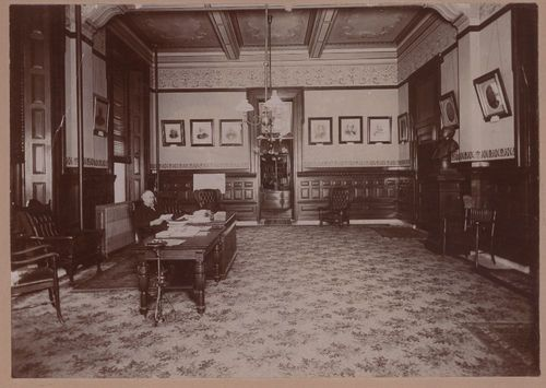 John Whitnah Leedy in the Kansas Governor's office - Page