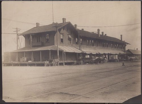 Atchison Topeka & Santa Fe Railway Company depot, Topeka, Kansas - Page
