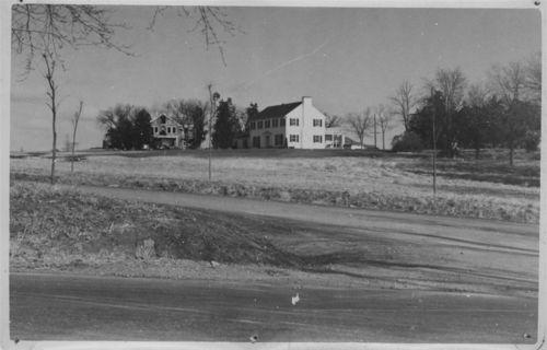 Dale Carmean residence, Topeka, Kansas - Page