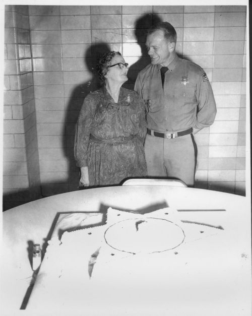 Vern Miller and Pearl Miller - Page